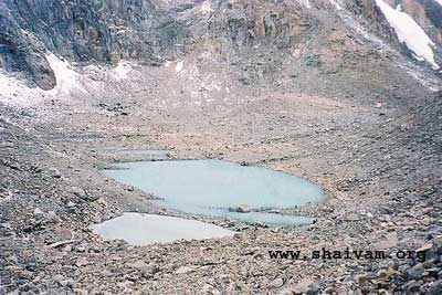 The holy gaurikuND, dolma la, kailash
