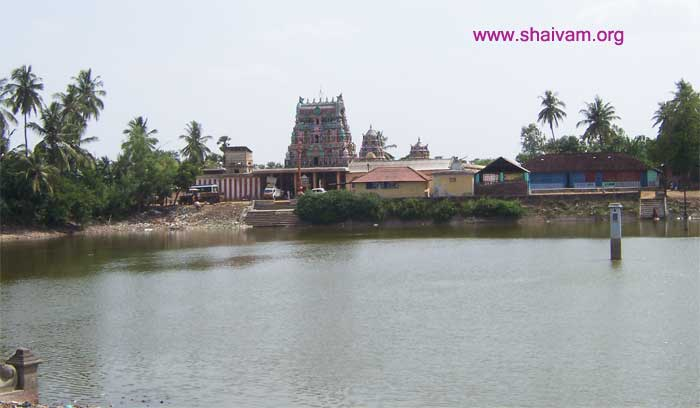 view Sri Sarguneswarar temple with the holy pond